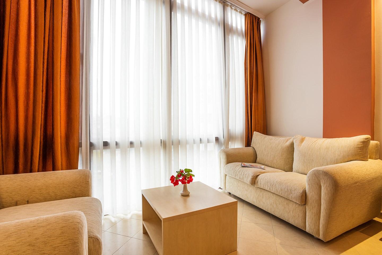 Едноспален апартамент с балкон