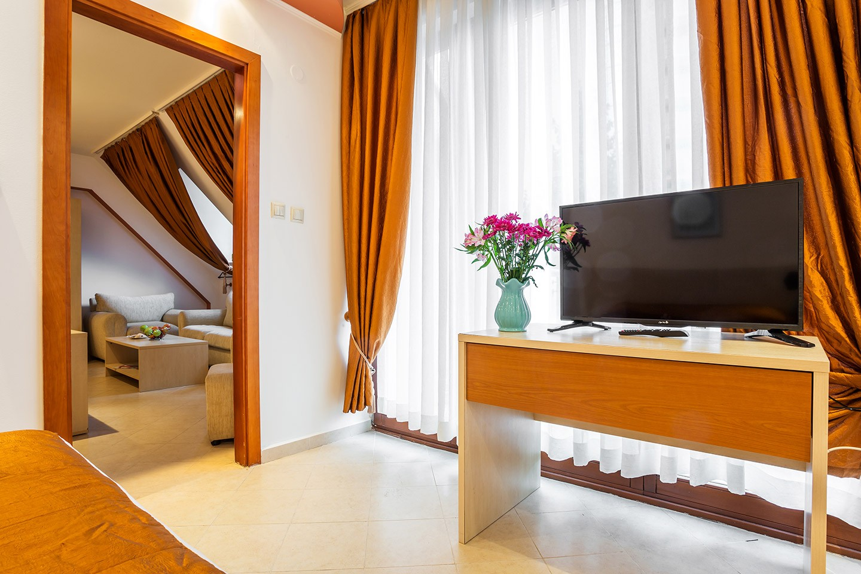 Двуспален апартамент с балкон